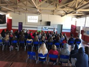 ACISFE realiza Palestras na Escolas com Cristine Pasa com recursos do Fundo Social Sicredi
